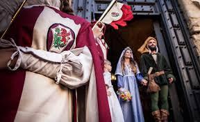 Matrimonio sbandieratori medievale