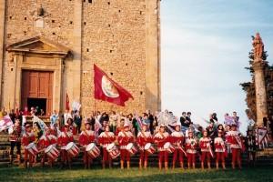 Sbandieratori sul Prato